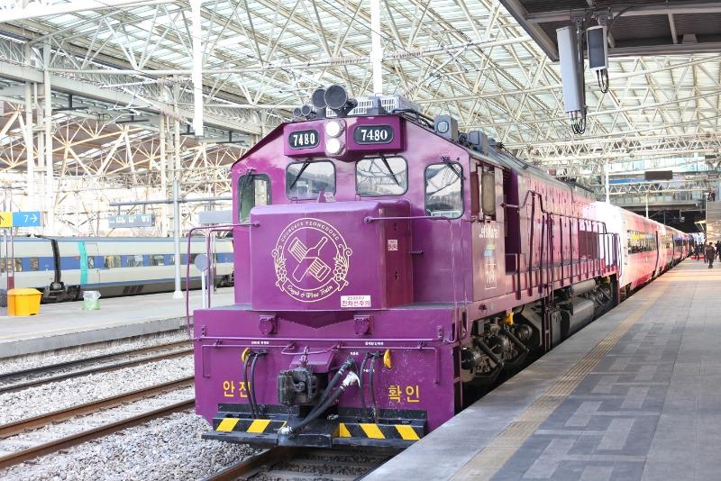 국악와인열차 외부 (13).jpg